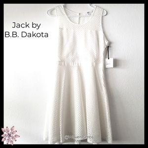 (NWT)JackbyB.B.Dakota:Size:8/ White Lattice Dress